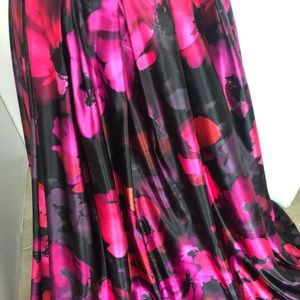 Dresses & Skirts - Exquisite 2pc Ball Gown Formal Floral Dress